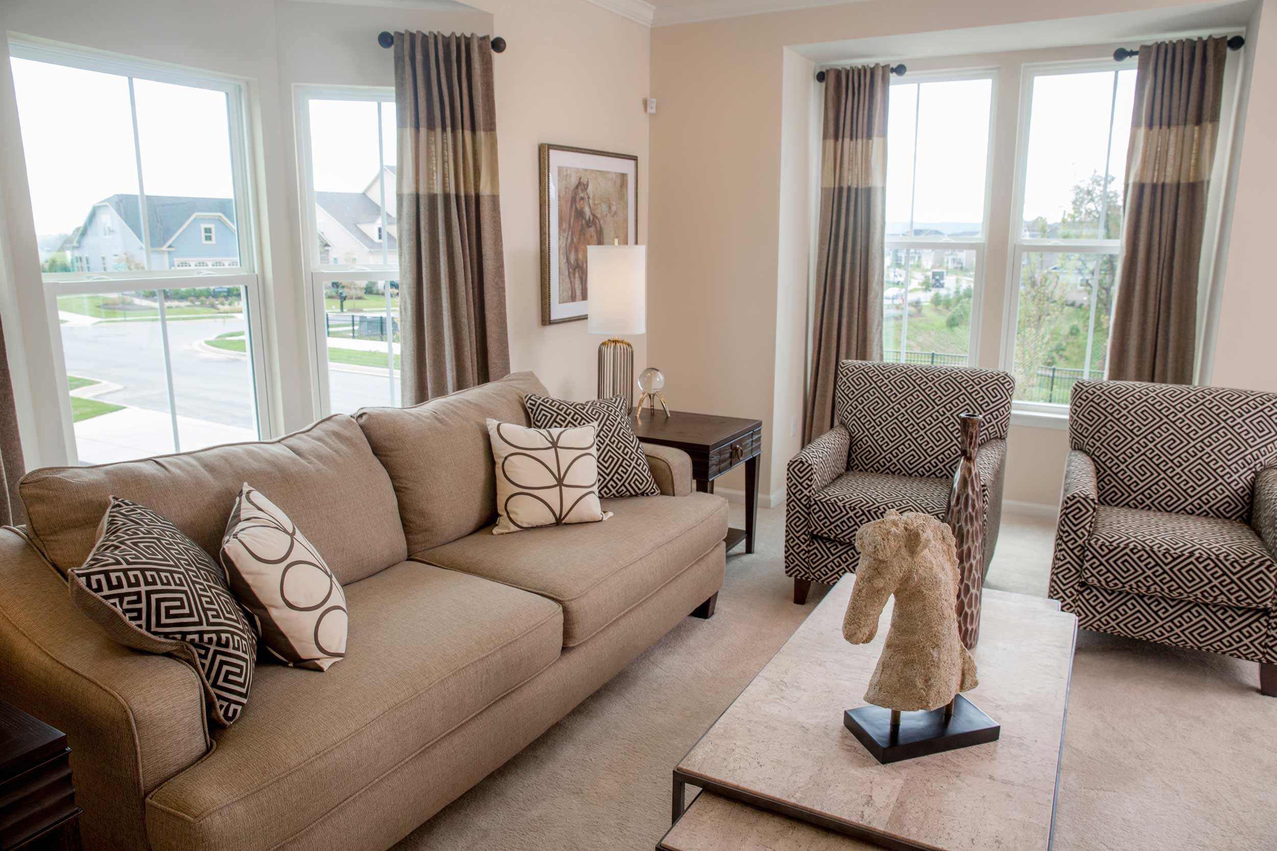 Brunswick_Crossing_Mendelssohn_Ryan_Homes_Living_Room.jpg