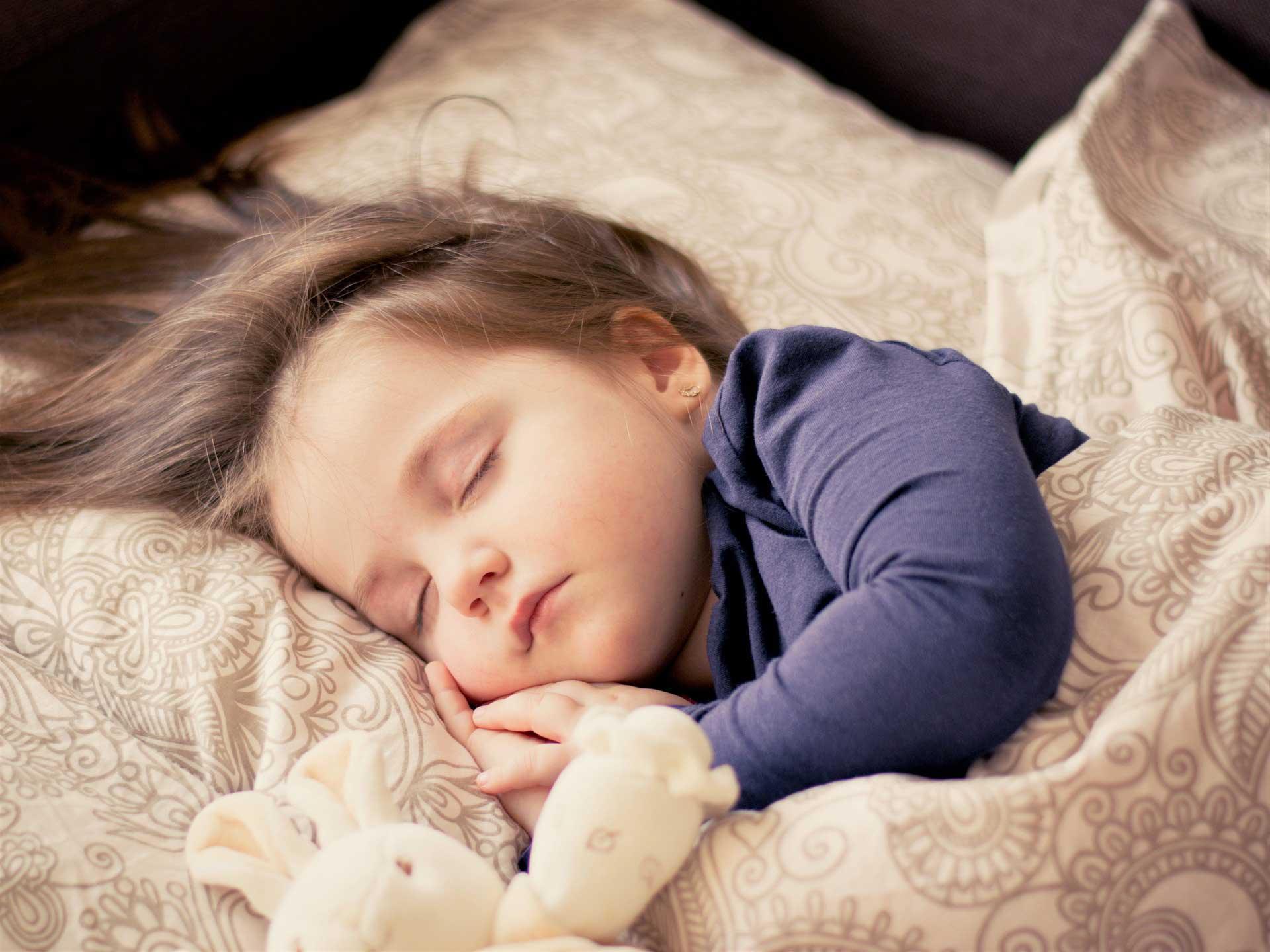 Child-Sleeping-With-Stuffed-Animal.jpg
