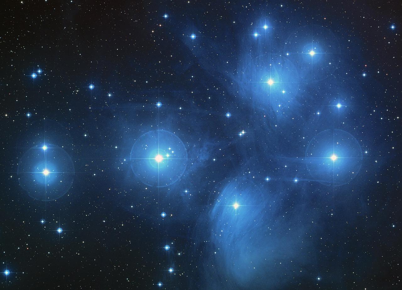 the-pleiades-star-cluster-11637_1280.jpg